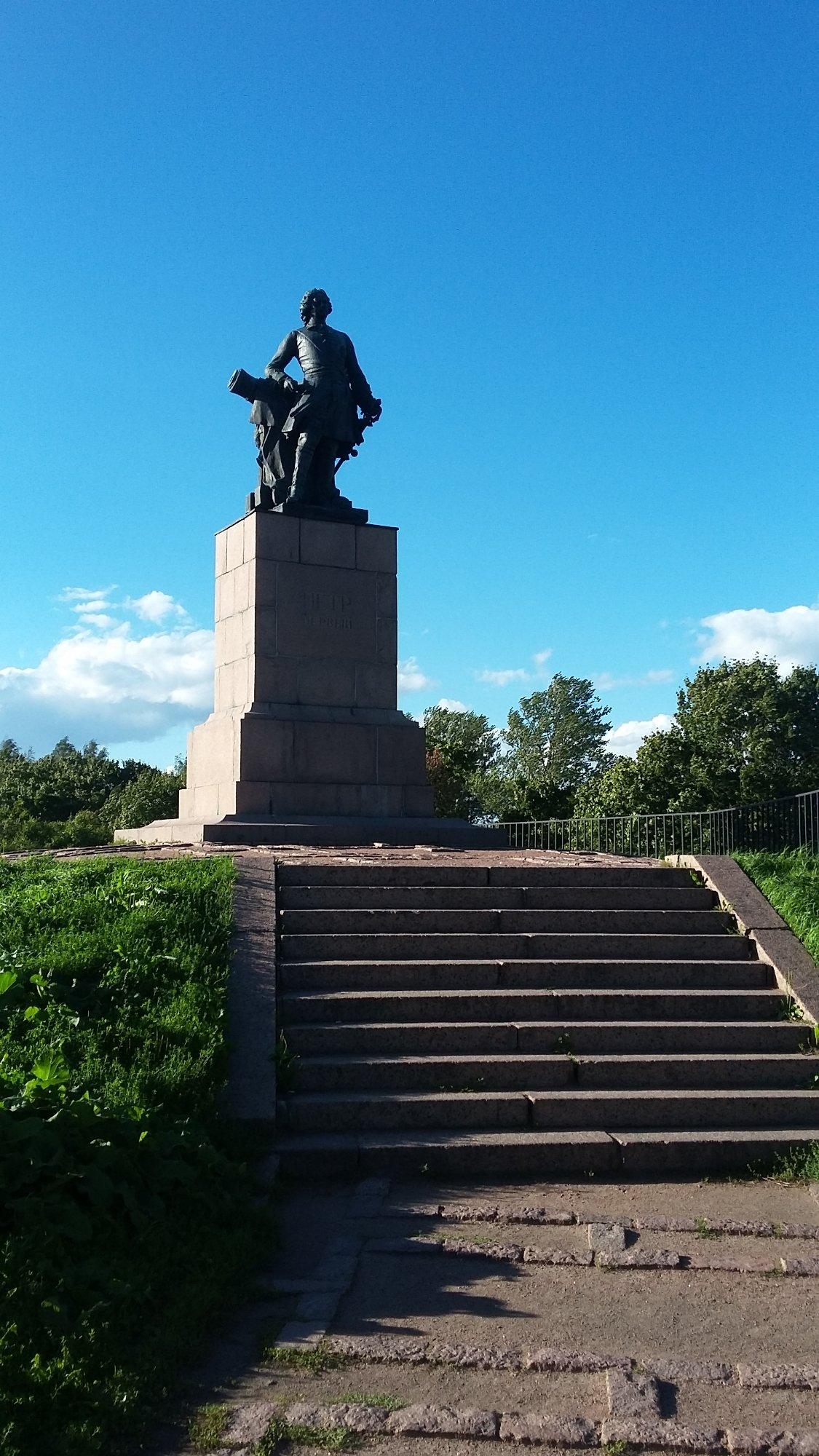 Памятники в выборге каталог цены где в мире установлены памятники сталину