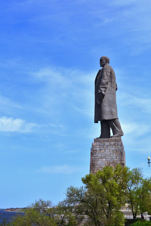 Цены на памятники в россии волгограде изготовление памятников барнаул пермь
