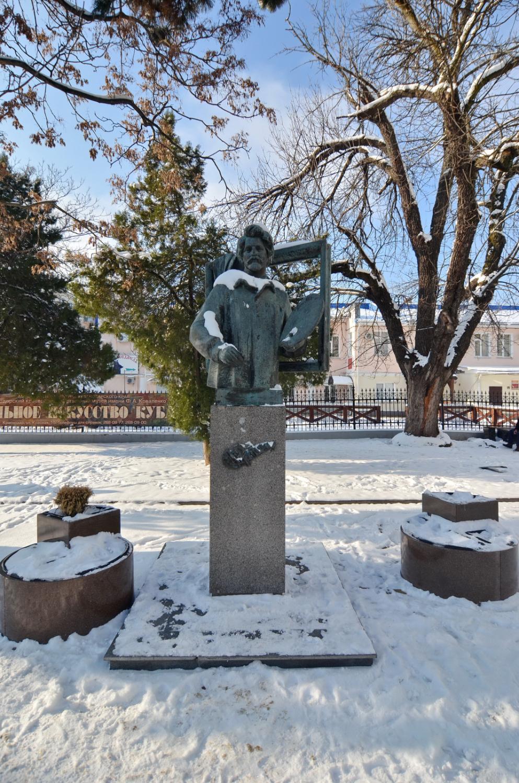 Цена на памятники в туле краснодаре цены на памятники омск о
