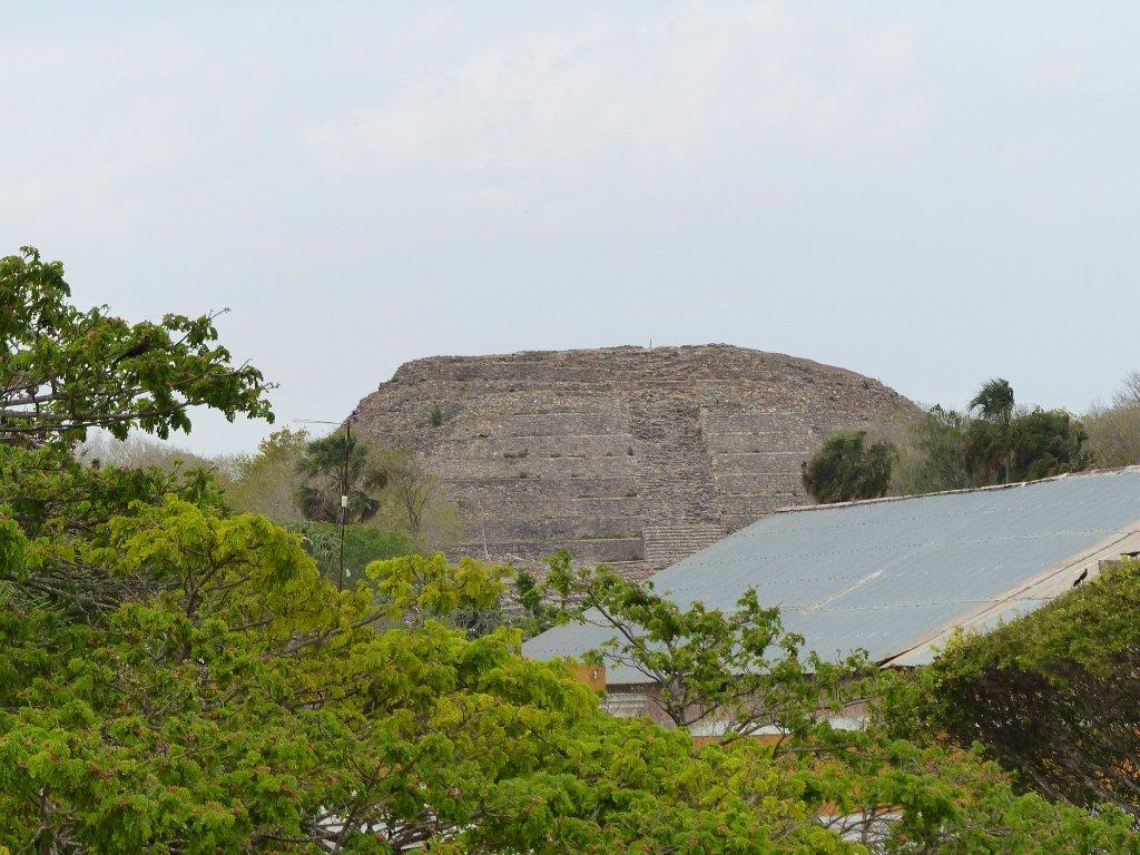 Пирамида Kinich Kak Moo